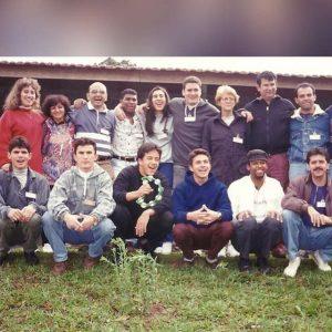 Jovens do Conselho Particular de Araras (SP), na década de 90